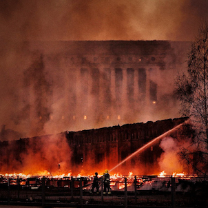 FIRE ON FRONT OF THE FINLAND'S PARLIAMENT HOUSE